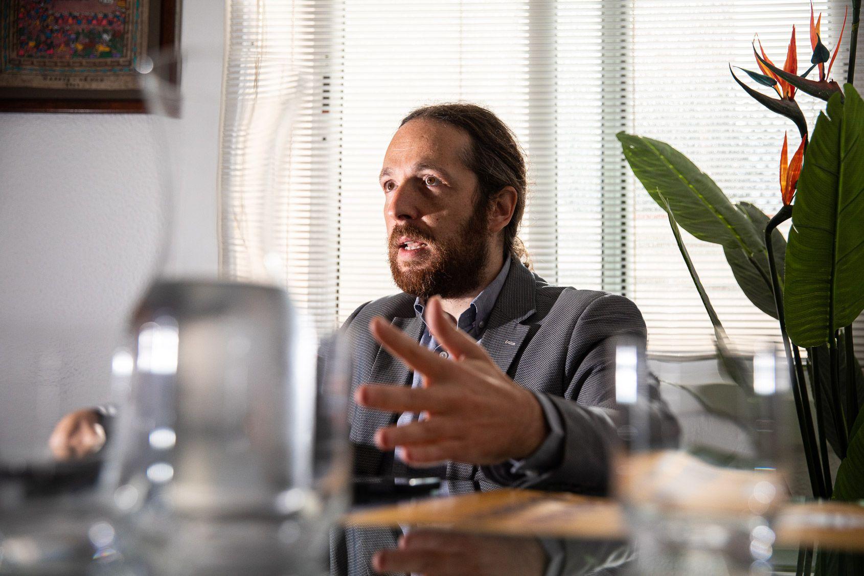 Marc Duch, durant l'entrevista amb 'El Món' | Jordi Borràs