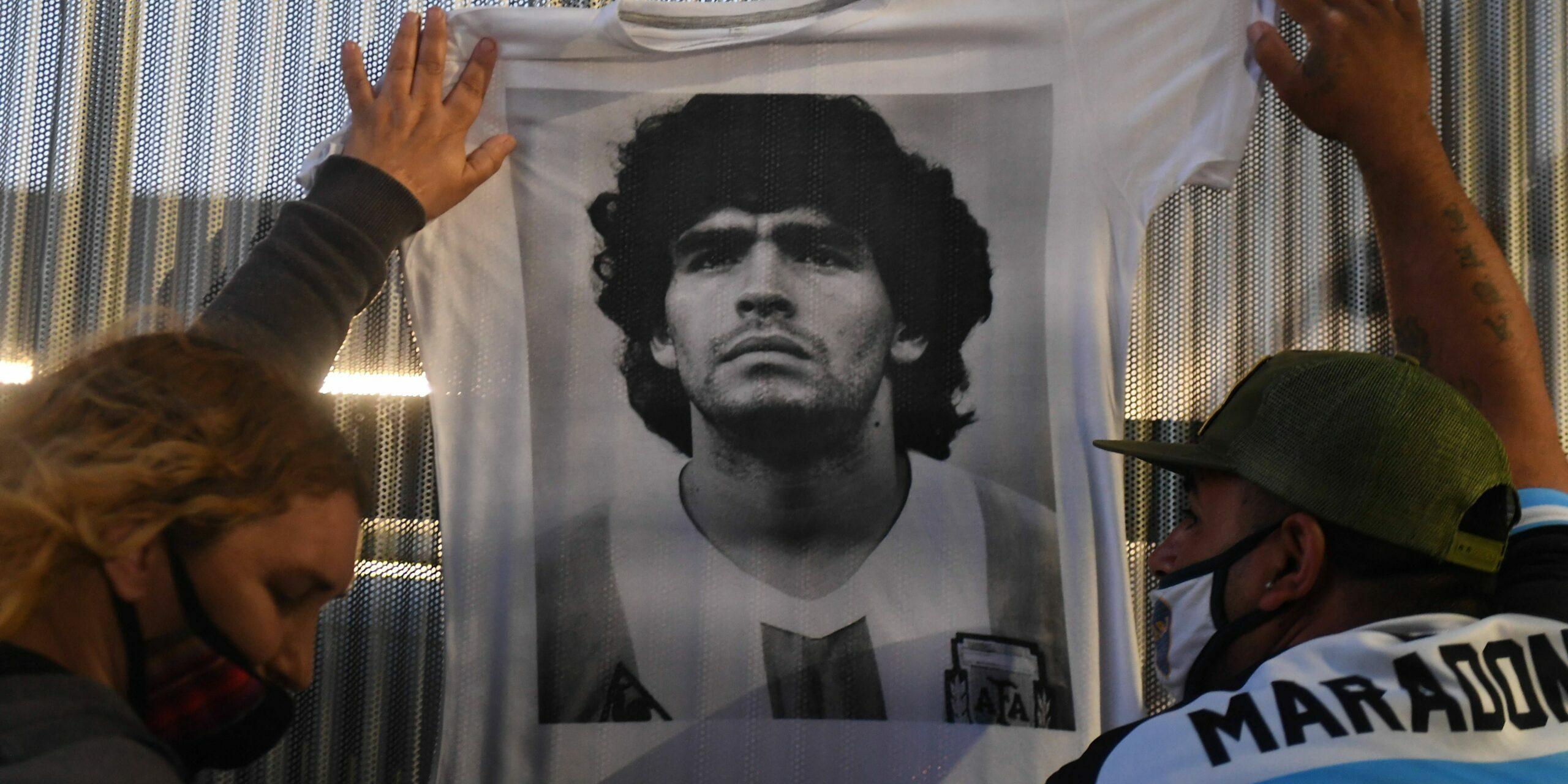 Fans de l'Argentina ploren la mort de Maradona  Europa Press