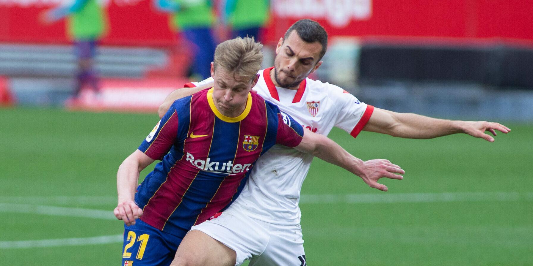 De Jong i Jordan, durant un Sevilla-Barça   Europa Press